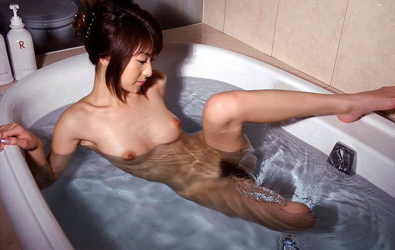 Getting sexy japanese women bathing naked students sex