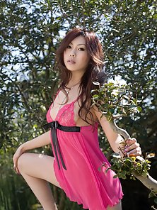 Horny Teen Beauty Japanese Chick Posing In the Jungle