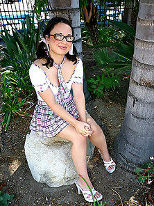 Pigtail Hot Teen Babe Massive Hammered Her Cunny on Couch by a Guy
