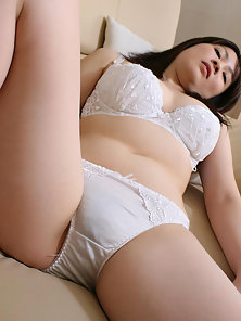 Fresh Pussy of Asian Teen Babe Gets Frog Style Fucking and Spreads Pussy Joy