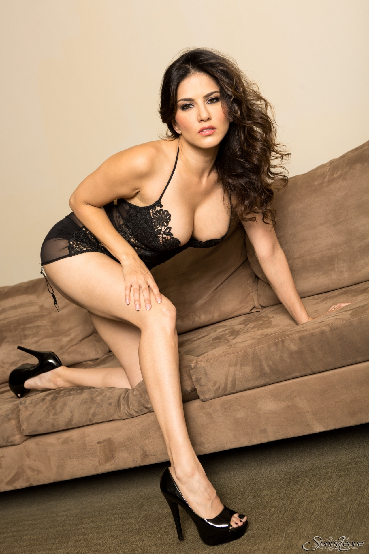 Photo sunny hd xxx leone