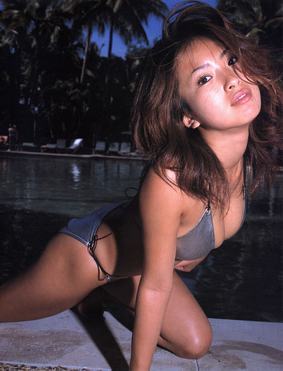 Asian Skinny Glamour - Super Skinny Asian Babe Present Her Bikini And Panty Wear Body At Outdoor - Asian  Porn Movies