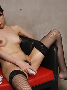 Skinny Sexy Babe Rino Asuka Hard Slammed Her Tight Cunt By Dildo On Couch