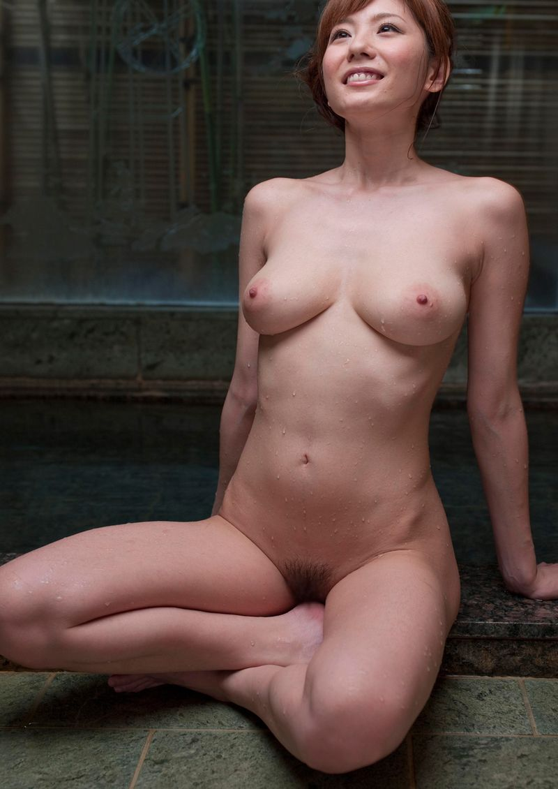 Nude Figure Yuma Asami Takes Sexy Bath By Soap - Asian Porn Movies-2003