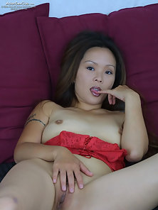 Tattooed Sexy Chick Excitedly Shows Her Cute Pussy with Massive Pleasure