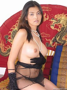 Black Lingerie Busty Thai Babe Dildoed Hard With Huge Moaning Action