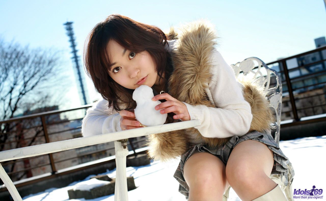 Animal Fur Clithing Porn brown haired asian girl madly gives sexy poses at outside