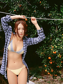Outdoor Bikini Wore Deep Attraction by the Slim Asian Girl