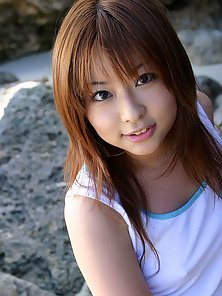 Stunning Asian Girl Playing Nakedly At Seashore on Sand