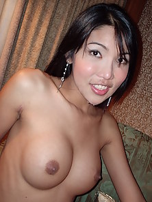Gorgeous Looking Thai Babe Stripping Her Dress to Showing Her Boobs