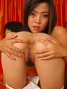 Sexy Thai Babes Nan and Aunchan Exposing Her Naughty Act in Here