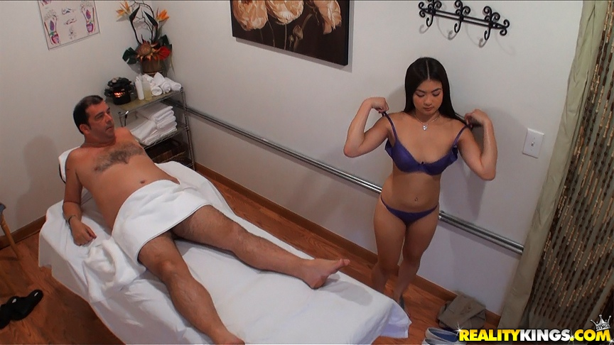 Asian massage parlour porn