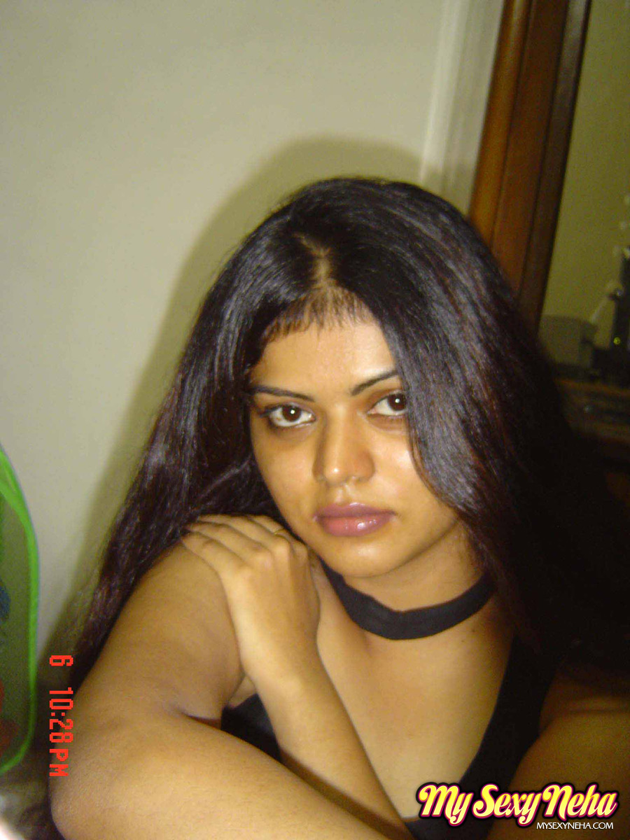 Beautiful Indian Girl Neha Gives Sexy Look On You - Asian -3745