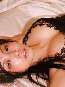 Busty Brunette Babe Megumi Waits For a Ramming Action