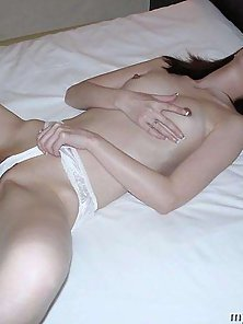 Slim Japanese Chick Enjoys Nipple Circling and Thin Threaded Dildo Fucking On Bed