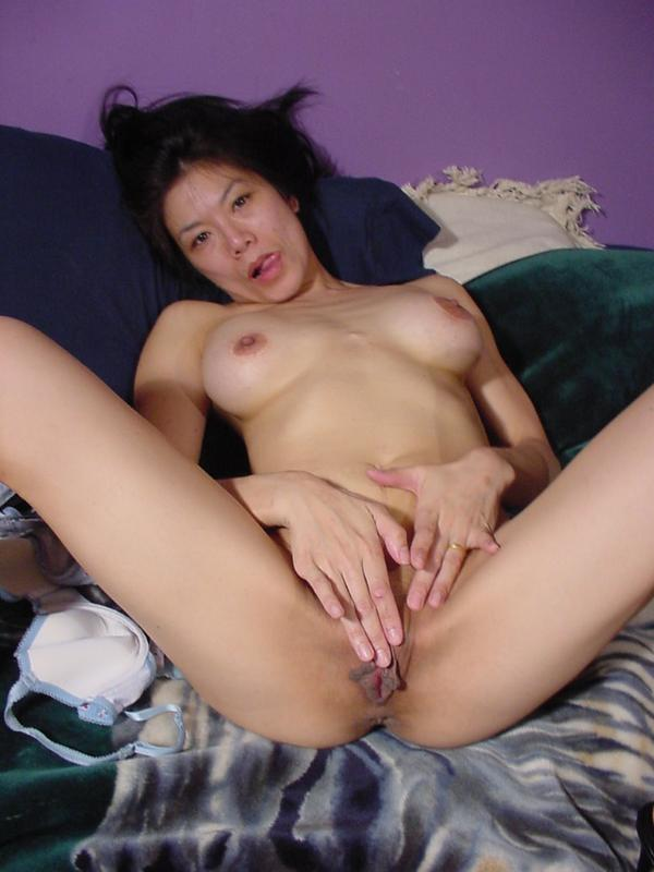 Asian bed porn