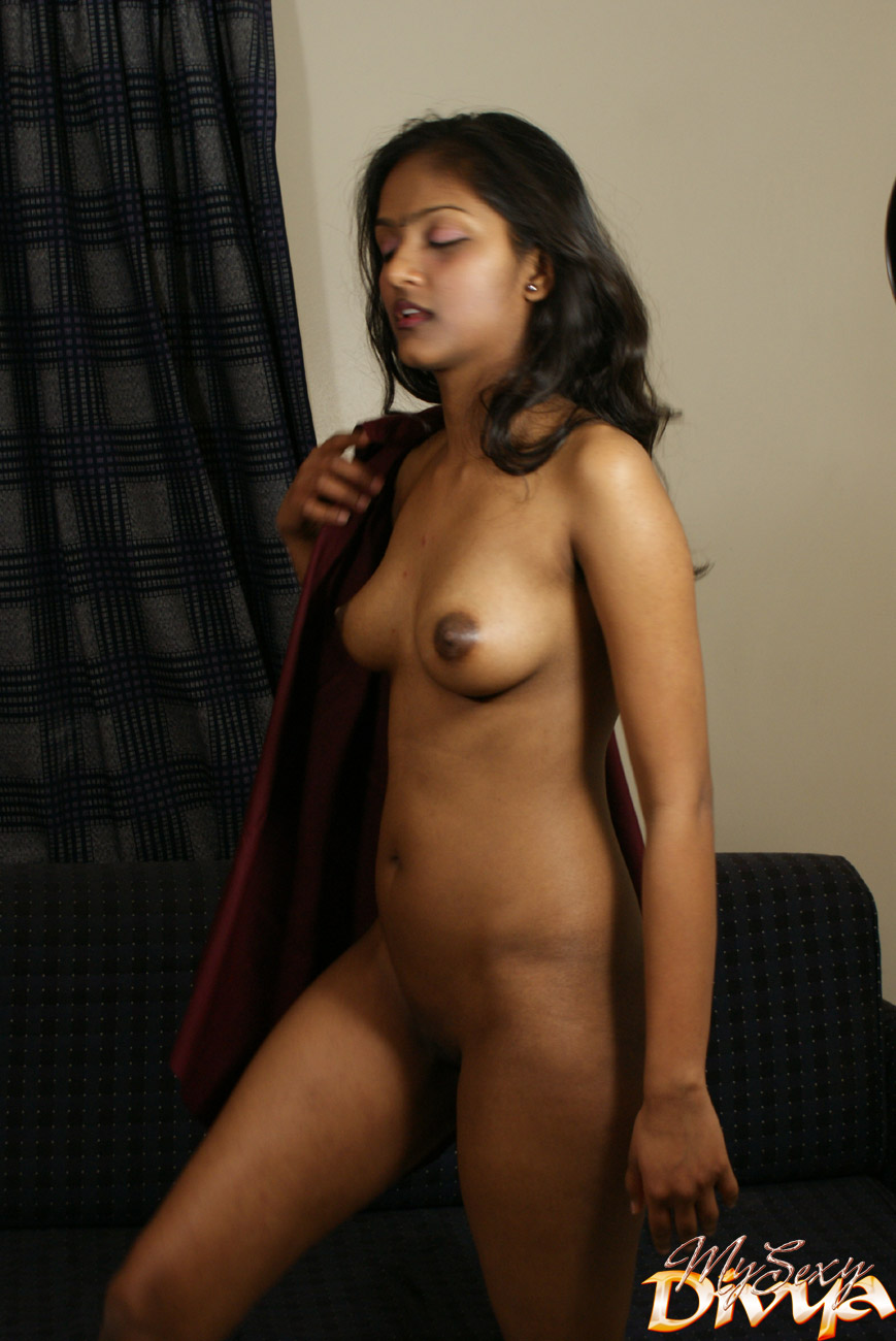 Close up shaved pussy-8950