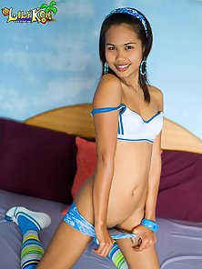 Lovely Sexy Slim Cute Asian Lily Koh Pleasure in Horny Action on the Bed