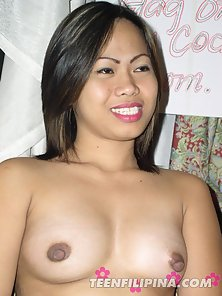 Dazzling Busty Chick Gives Gorgeous Blowjob and Gets Hot Facial