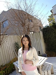 Busty Brunette Babe Takako Kitahara Expose Her by Giving Horny Action