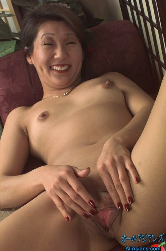 Japanese hot mom pussy well, not