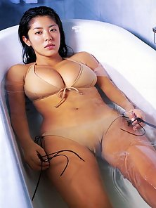 Hot Sexy Horny Asian Babe with Huge Massive Boobs in Bath Tub