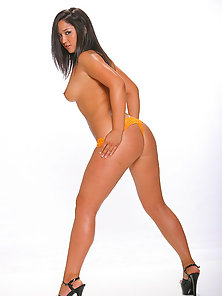 Brunette Haired Angela Slowly Lift Out Her Bikini and Show-Off Her Nude Body