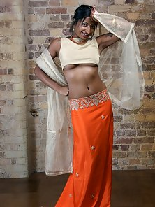 Busty Indian Bengali Girl Asha Shows Off Her Naughtily