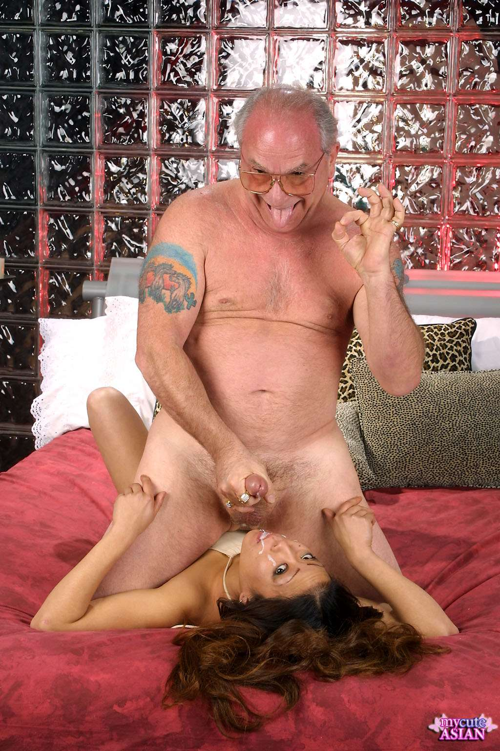 Blonde shemale fucks a big cock bald guy