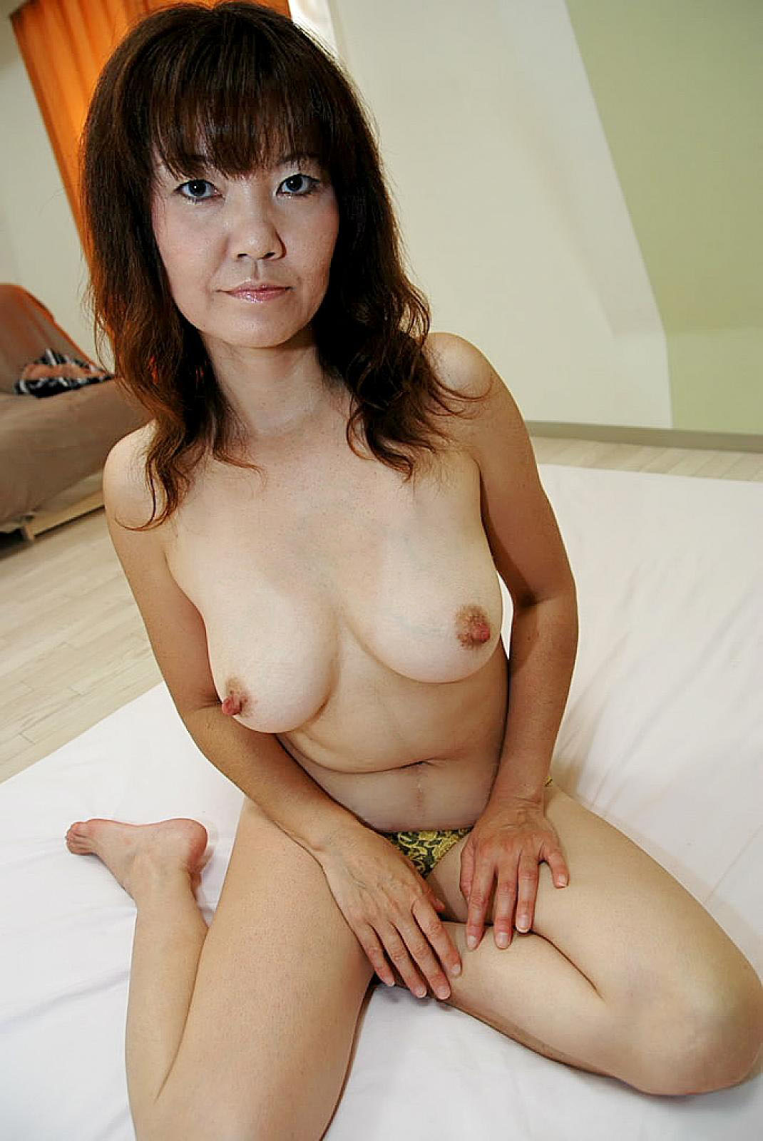 Matured Asian Brunette Babe Gets Fucking And Gives Cock -9826