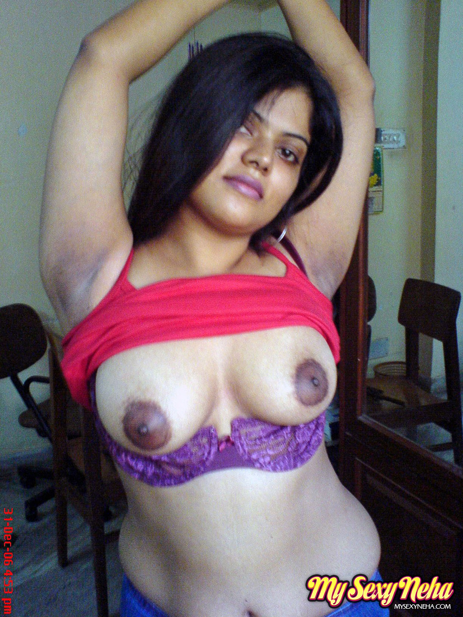 Sexy Indian Babe Neha Stripping Her Dress And Bra Then -2784