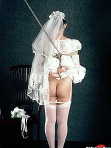 Asian bride gets tied and fucked