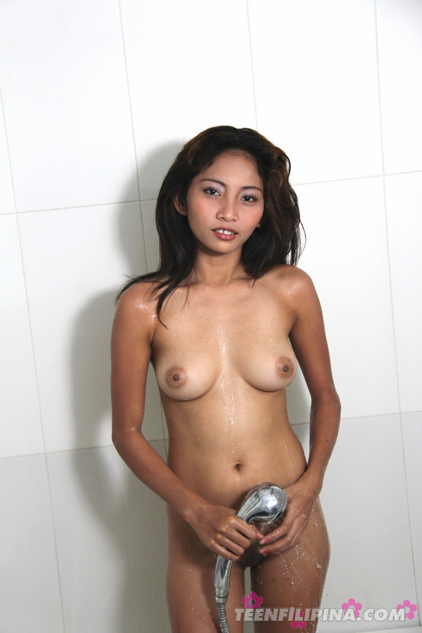 Filipina bathing nude pictures #8