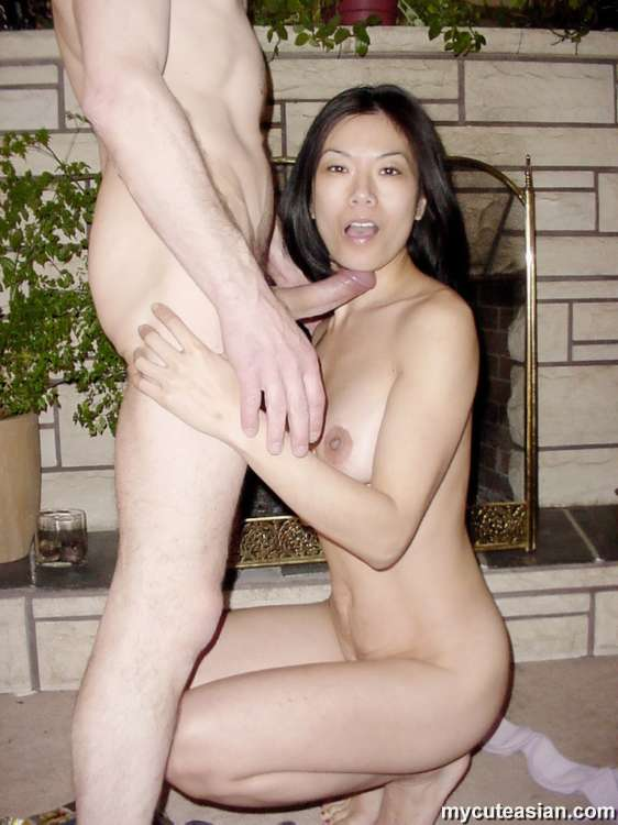 Sexy mother double blowjob fucking