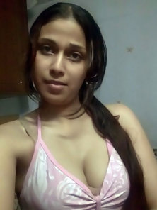 Charming Indian Girl Give Sexy Look towards You and Shows Her Boobs in Bikini