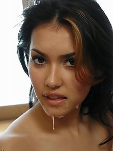 Nude Stylish Babe Maria Ozawa Enjoys Huge Dong Sucking Activities
