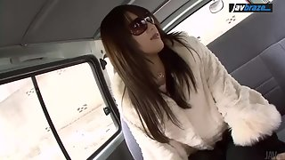 Slutty Asian shows off her pussy and butt in a car for cash